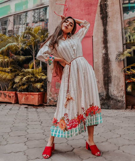6 LIVA Kurtis that will leave you yearning for summer already