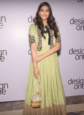 Bollywood's Fluid Fashion With Anarkali Suits
