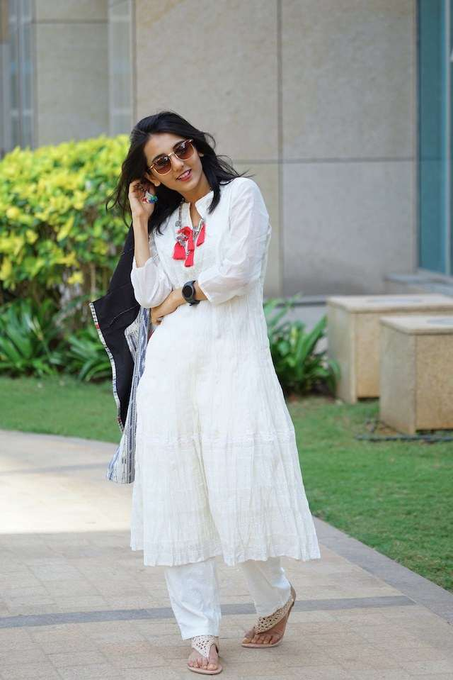 Here Are 4 Ways To Pull Off A Cute Salwar Kameez Look At Work