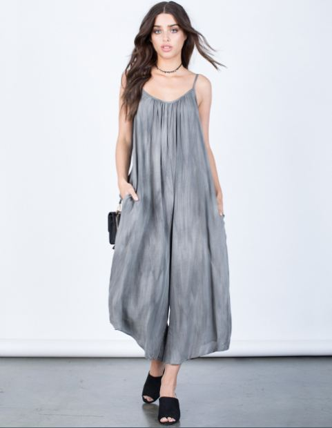 LIVA-Style-Trends-Flowy-Silhouettes