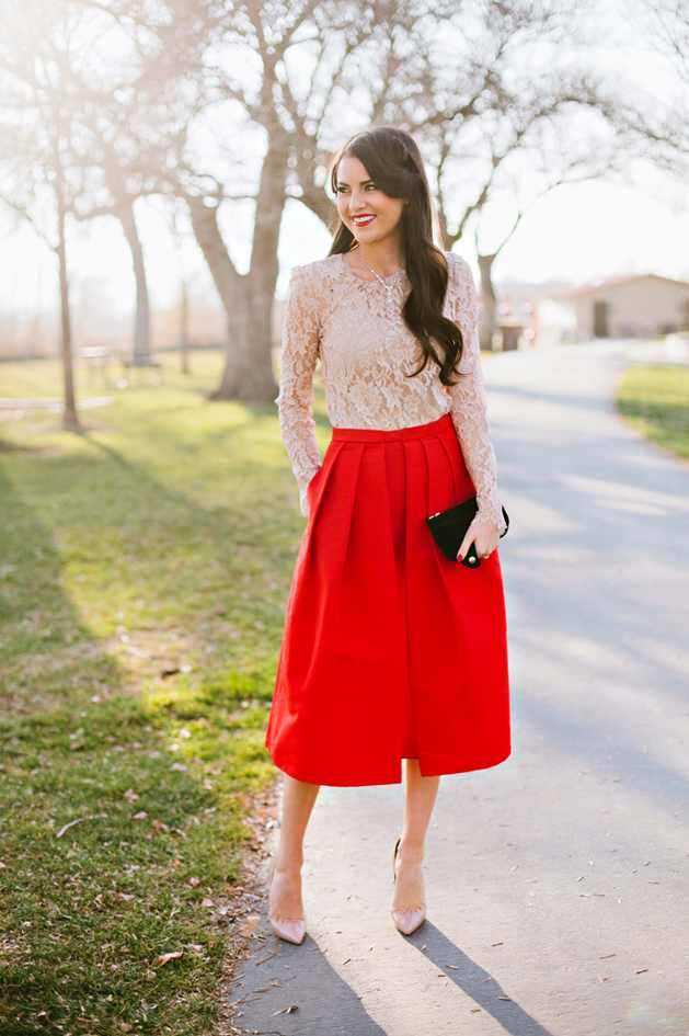 Fashion-Styles-Dainty-In-Pleated-Skirts